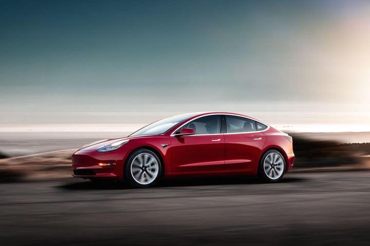 Tesla Model 3 màu đỏ