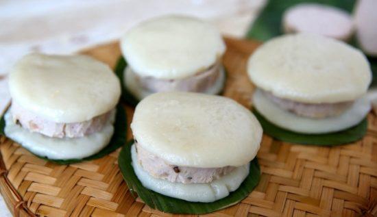 Recipe: Steamed Rice Cake Sandwich – Bánh dày giò